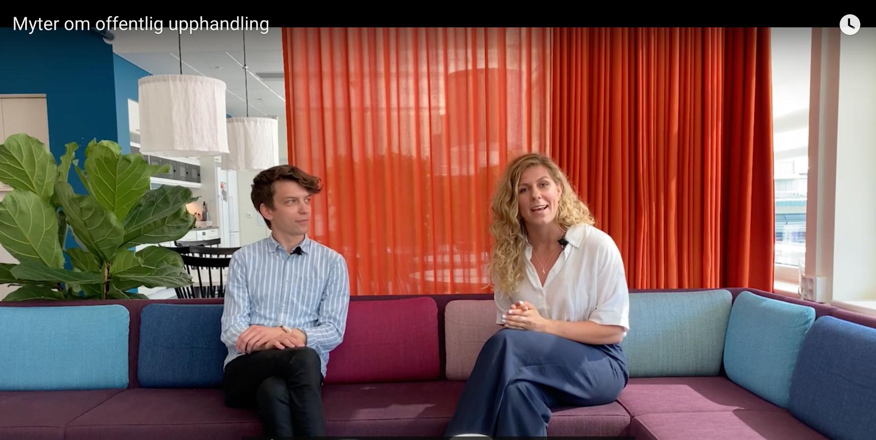 Rasmus Lillberg och Erika Hanses som pratar i vloggen