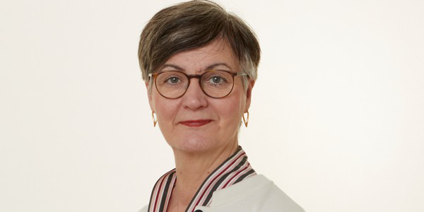 Eva Sahlén Samordnare Kompetenscenter välfärdsteknik Avdelningen för vård och omsorg